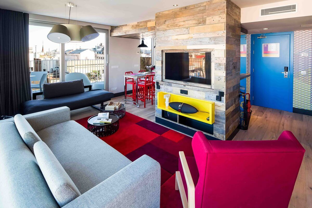Penthouse Suite – Hostel Generator Barcelona